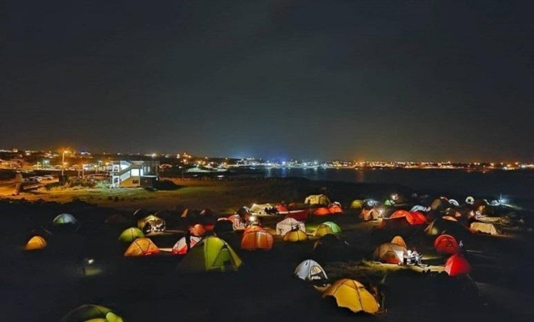 캠핑 천국 제주에서 텐트치고 하룻밤 나기
