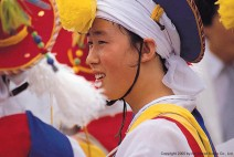 축제장의 소녀