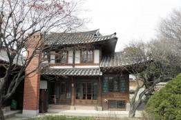 양반 동네 북촌의 대표 건축물, 백인제•윤보선 가옥